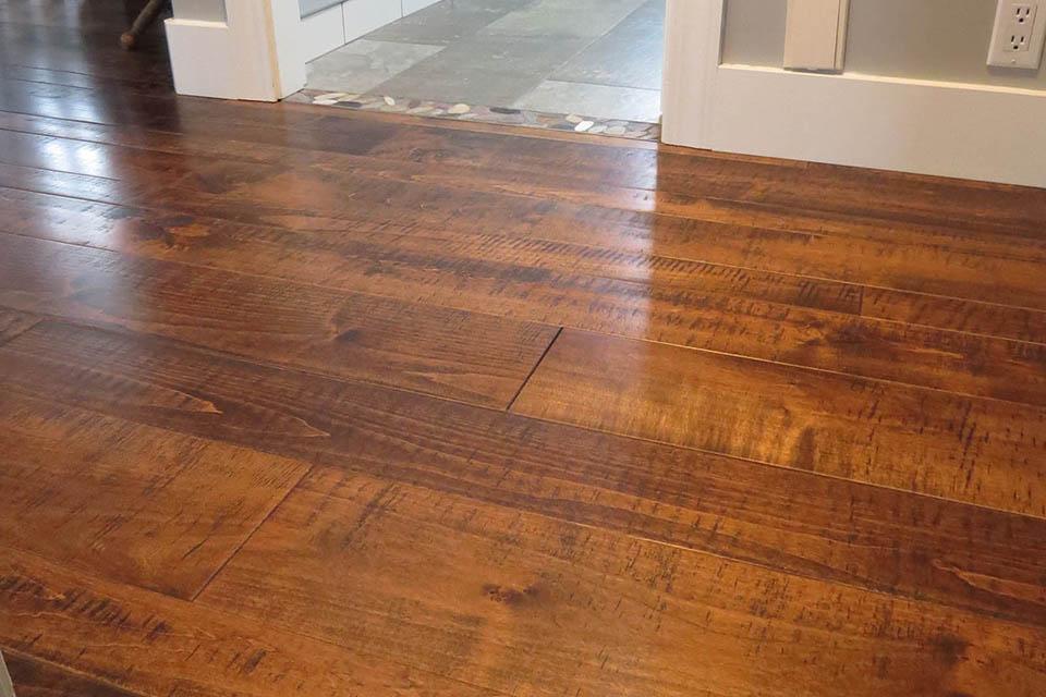 Wideplank Resawn Maple Antique Brown